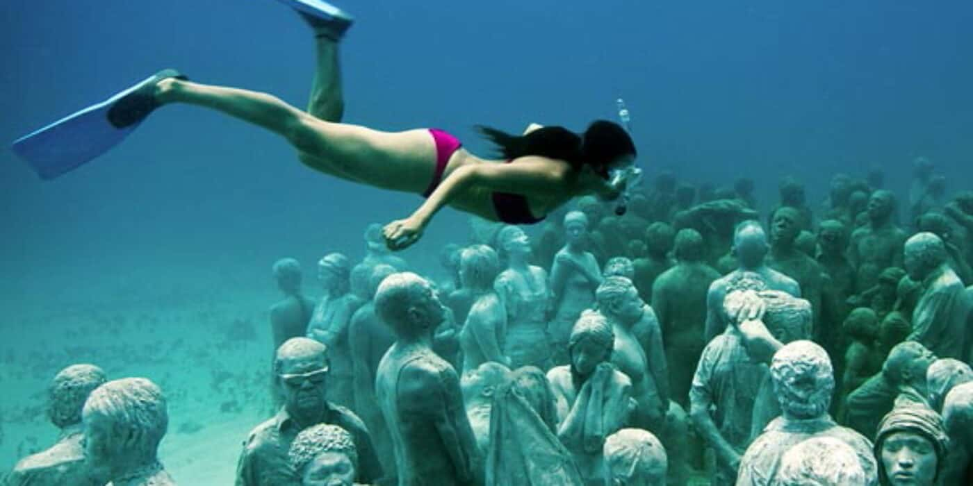 America Easy Cancun